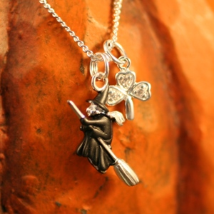 celtic_witch_necklace_300